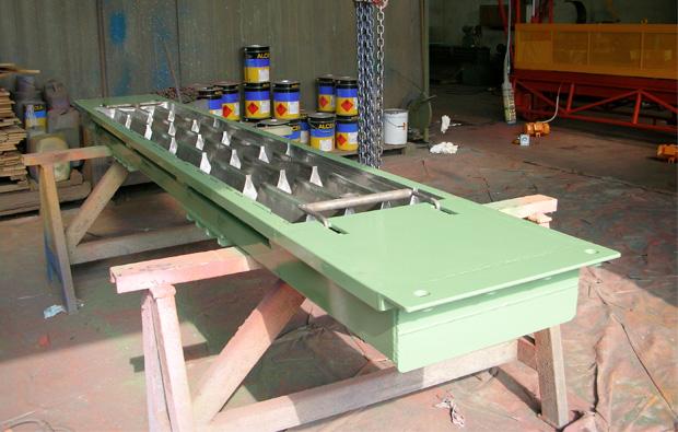 Moulds for concrete floor slats - C R Stampi Srl